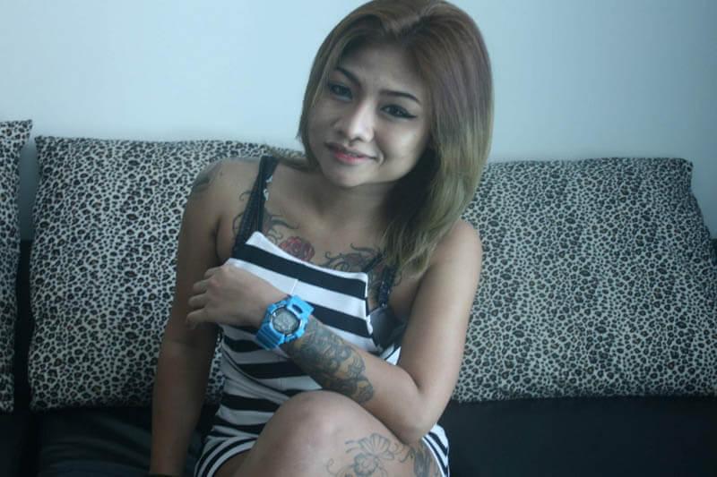 junge tattoo girls aus thailand wollen sich jetzt zum bumsen verabreden